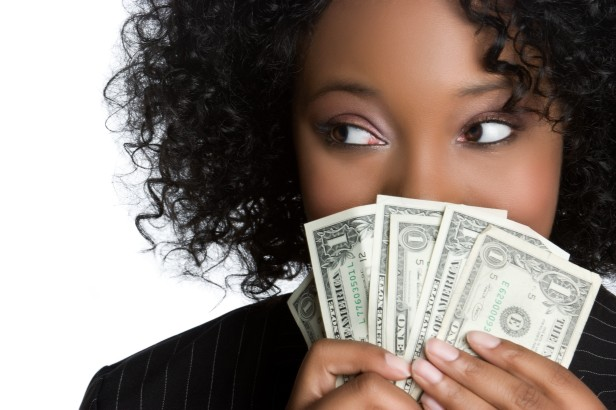 Woman-with-Natural-hair-and-money